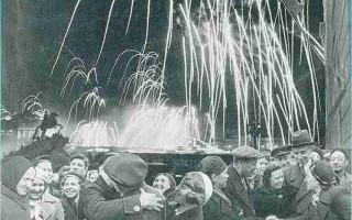 Петербург отметит 75-ю годовщину освобождения Ленинграда от блокады парадом. Фото: foto-volos.ru