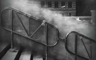 """Алексей Титаренко  """"У входа на станцию метро Василеостровская"""". Из серии «Город теней»  Санкт-Петербург, 1992-1993"""