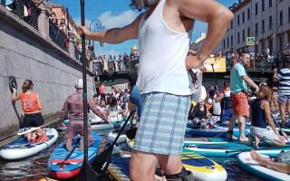 VI международный фестиваль-карнавал «Фонтанка-SUP». Фото: https://vk.com/fontankasup