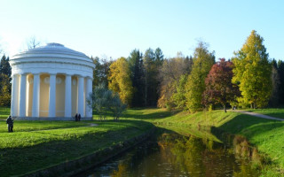 Храм Дружбы в Павловске. Автор: Peterburg.center