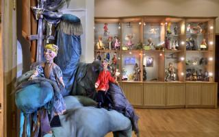 Путешествие в волшебную страну кукол