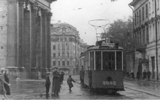 Тактильная выставка «История петербургского трамвая»