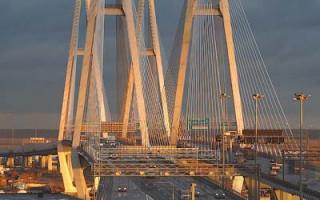 Большой Обуховский мост. Фото: Ivan Smelov (Wikimedia Commons)