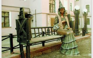 """""""Изумрудный город"""" и его """"жители"""" в самом центре Петербурга. Фото: Julia (photoshare.ru)"""