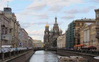 Канал Грибоедова, вид в сторону Спаса на Крови. Автор фото: sailko (Wikimedia Commons)