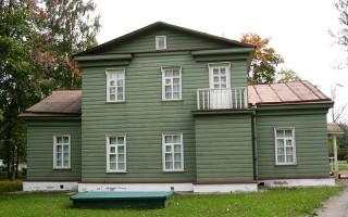 Дом-музей Н.А.Некрасова в Чудово, источник фото: Wikimedia Commons. Автор  Alexander V. Solomin