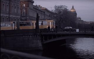 "Кадр из фильма ""Осенний марафон"""