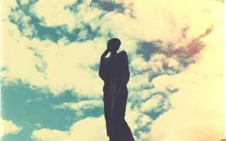 Памятник А. А. Ахматовой, источник фото. Автор: Gala Adelshina