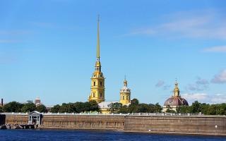 Санкт-Петербург, источник фото: https://pixabay.com/ru/россия-город-строение-пейзаж-924230/