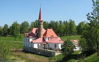 Гатчина. Приоратский дворец. Автор фото: Art-top (Wikimedia Commons)