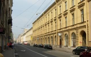 Здание Александровской женской гимназии. Автор: Juls, Wikimedia Commons