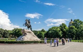 Сенатская площадь в Санкт-Петербурге, источник фото: Wikimedia Commons, Автор: Florstein (WikiPhotoSpace)