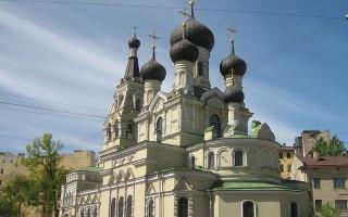 Старорусская улица. Церковь Божией Матери, источник фото: Wikimedia Commons, Автор: Peterburg23