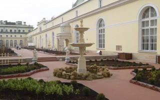 Висячий сад Малого Эрмитажа после реконструкции 2011 г. Автор: Tura8,  Wikimedia Commons