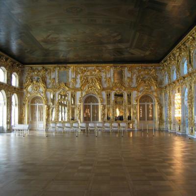 Екатерининский дворец внутри. Автор: Georg Dembowski, Википедия