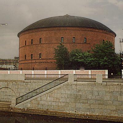 Газгольдер. Автор: Vitold Muratov, Wikimedia Commons