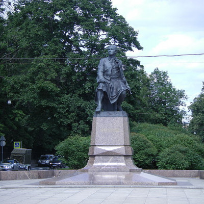 Памятник Ломоносову. Автор: Brateevsky, Wikimedia Commons