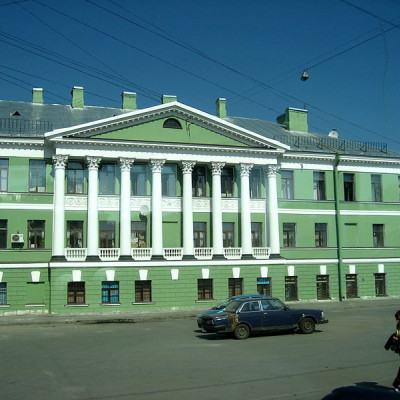 Дом с ротондой. Автор: Dezidor, Wikimedia Commons