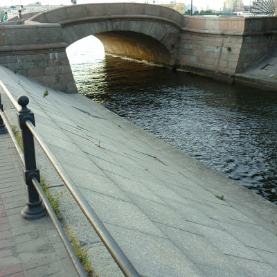 Верхний Лебяжий мост. Автор: Anirina, Wikimedia Commons