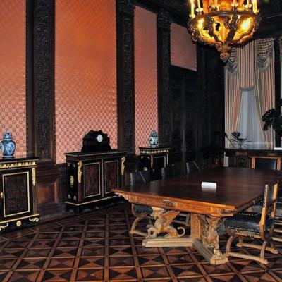Дубовая столовая, источник фото: http://www.liveinternet.ru/users/stewardess0202/post345537360