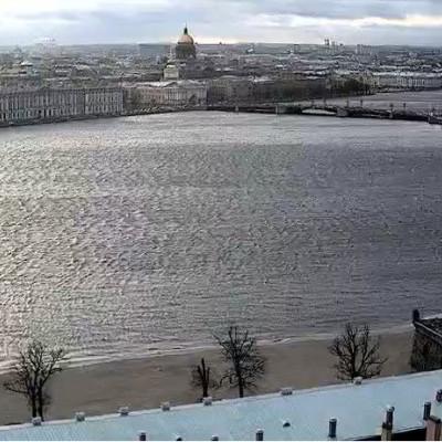 Камера вид на Эрмитаж с Петропавловской крепости
