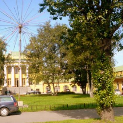 Филиал музея в бывшей усадьбе княгини Екатерины Романовны Дашковой, источник фото: http://narvskaya-zastava.ru