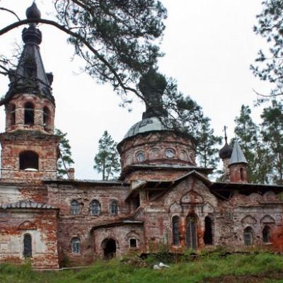 Девонская церковь, источник фото: http://foto-planeta.com/np/95614/hotnezha.html