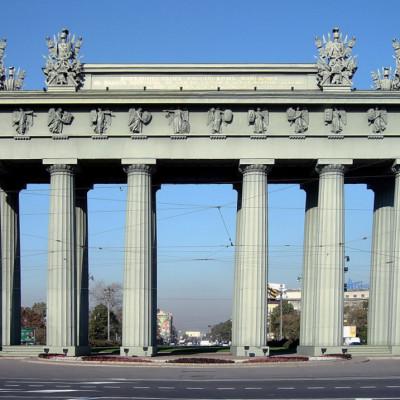Московские Триумфальные ворота. Автор: Evgeny Gerashchenko, Wikimedia Commons