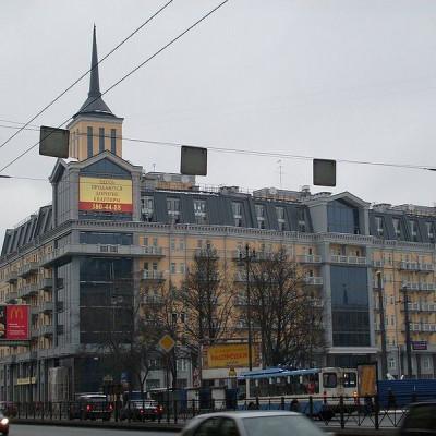 Пример современной архитектуры на Московском проспекте, источник фото: Wikimedia Commons, Автор: sk