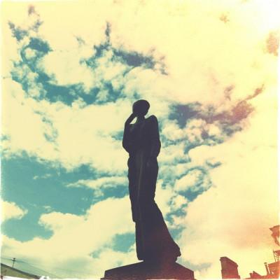 Памятник А. А. Ахматовой, источник фото: https://ru.foursquare.com/v/памятник-а-а-ахматовой/4dd500618877e2b7c5e599d9/photos Автор: Gala Adelshina