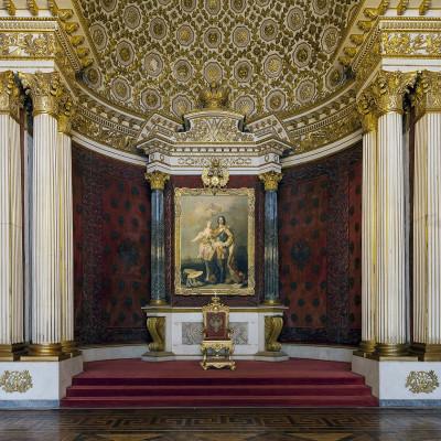 Петровский (Малый тронный) зал, источник фото: http://www.hermitagemuseum.org/wps/portal/hermitage/explore/buildings/locations/room/B10_F2_H194