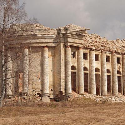 Руины Троицкой церкви в Пятой Горе, источник фото: Wikimedia Commons