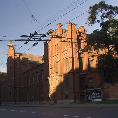 Здание фтизиопульмонологического института на Лиговском проспекте, источник фото: Wikimedia Commons, Автор: Lite