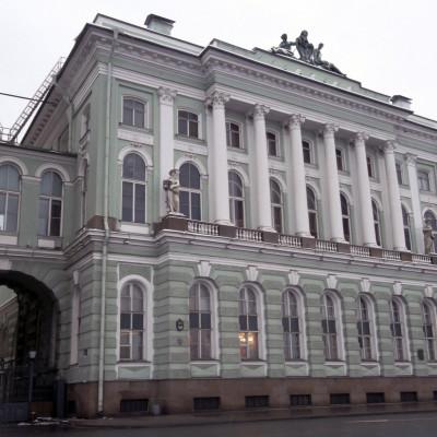 Малый Эрмитаж. Южный павильон Малого Эрмитажа с Дворцовой.