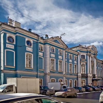 Шуваловский дворец. Автор: Florstein, Wikimedia Commons