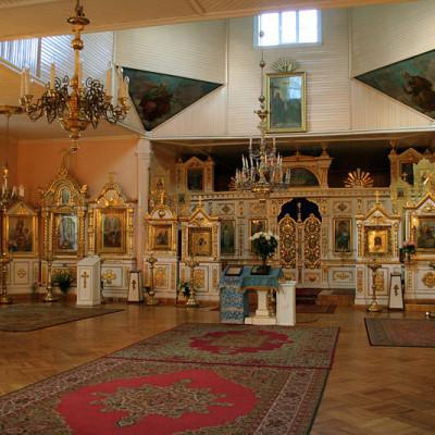 Храм Дмитрия Солунского.  Внутреннее помещение.  Автор: Zonder711, Wikimedia Commons