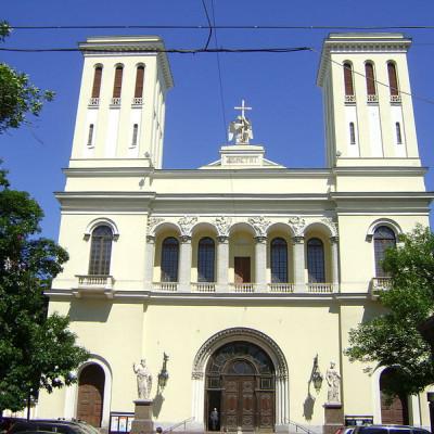 Вход в Петрикирхе, источник фото: Wikimedia Commons, Автор: Fgdcvd