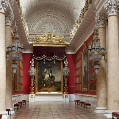Военная галерея 1812 года, источник фото: http://www.hermitagemuseum.org/wps/portal/hermitage/explore/buildings/locations/room/B10_F2_H197