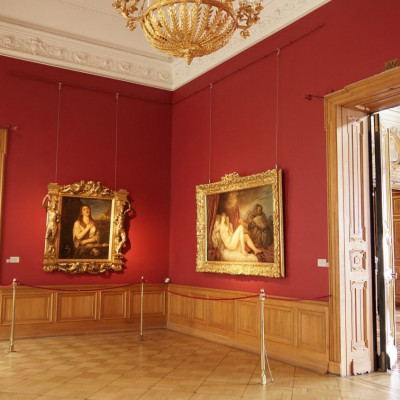 Зал Тициана, источник фото: http://www.hermitagemuseum.org/wps/portal/hermitage/explore/buildings/locations/room/B30_F2_H221