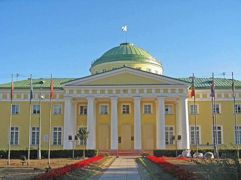 Таврический дворец. Автор: Екатерина Борисова, Wikimedia Commons
