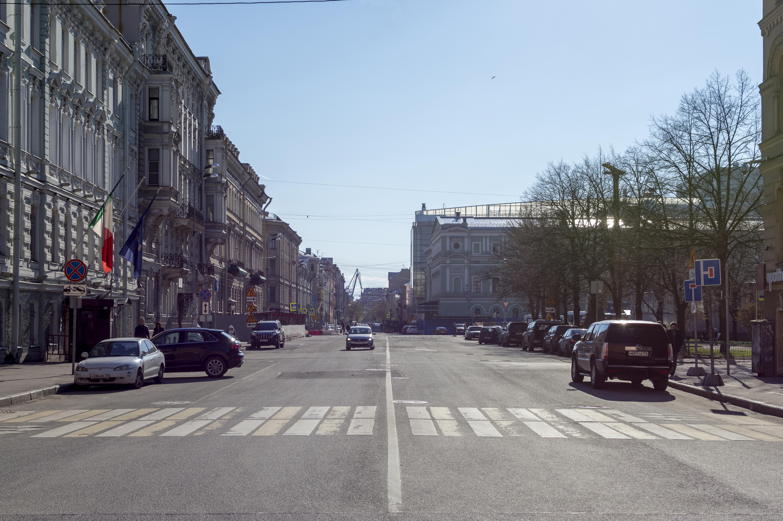 Вид с набережной канала Грибоедова, слева — Генеральное консульство Италии. Фото: Florstein (WikiPhotoSpace)