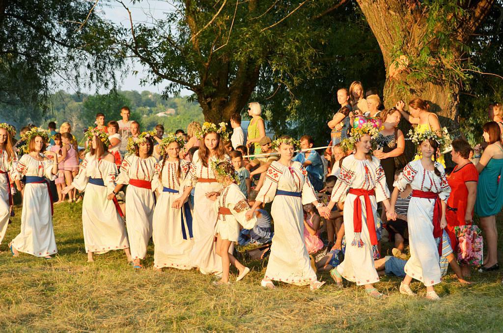 Традиционные особенности встречи Богини весны Весты, источник фото: http://pobedpix.com/prazdniki-drevnih-slavyan-velikoden