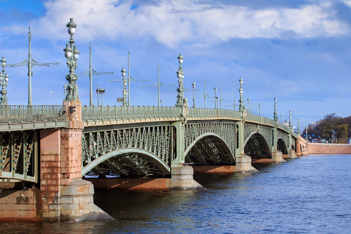 Троицкий мост, фото с сайта http://fotokto.ru