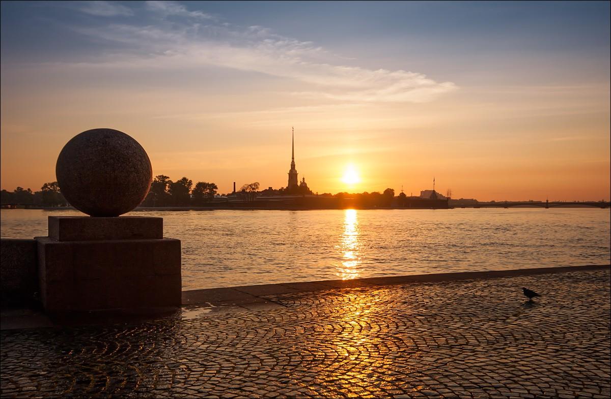 Утро в Санкт Петербурге.  Автор фото: Белов Аркадий (photocentra.ru)