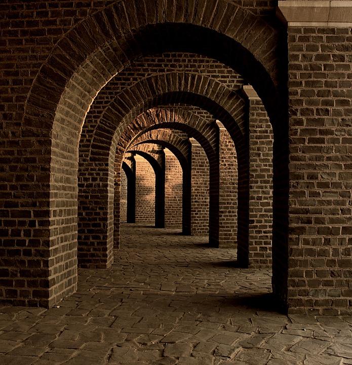Поземная галерея. https://pixabay.com/