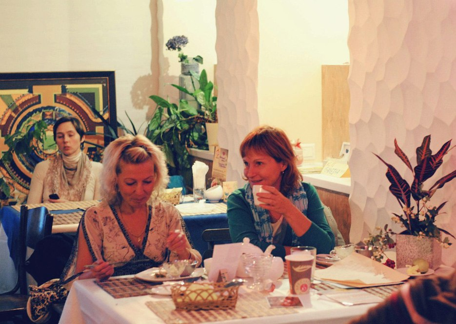 """Вегетарианское Кафе & Арт-Пространство """"Ауровилль"""", источник фото: https://vk.com/aurocafe"""