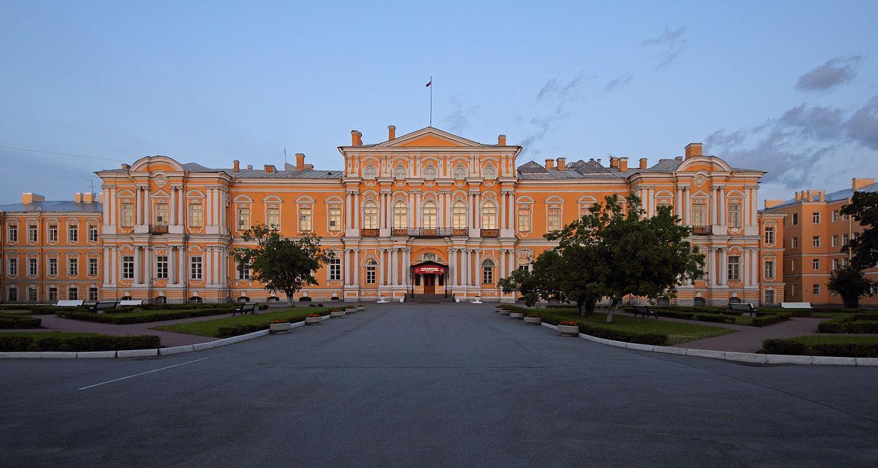 Воронцовский дворец. Автор фото: A.Savin (Wikimedia Commons · WikiPhotoSpace)
