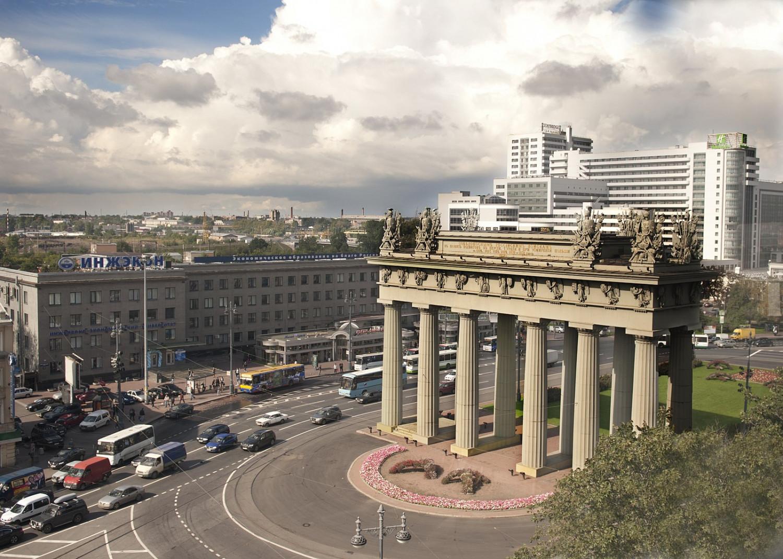 Московский Триуфальные ворота, фото с сайта Ru.wikivoyage.org