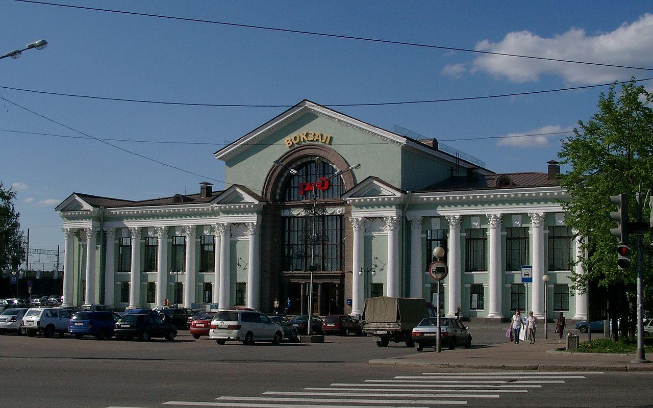 Выборг. Здание вокзала. Автор фото: Dmitry Fomin