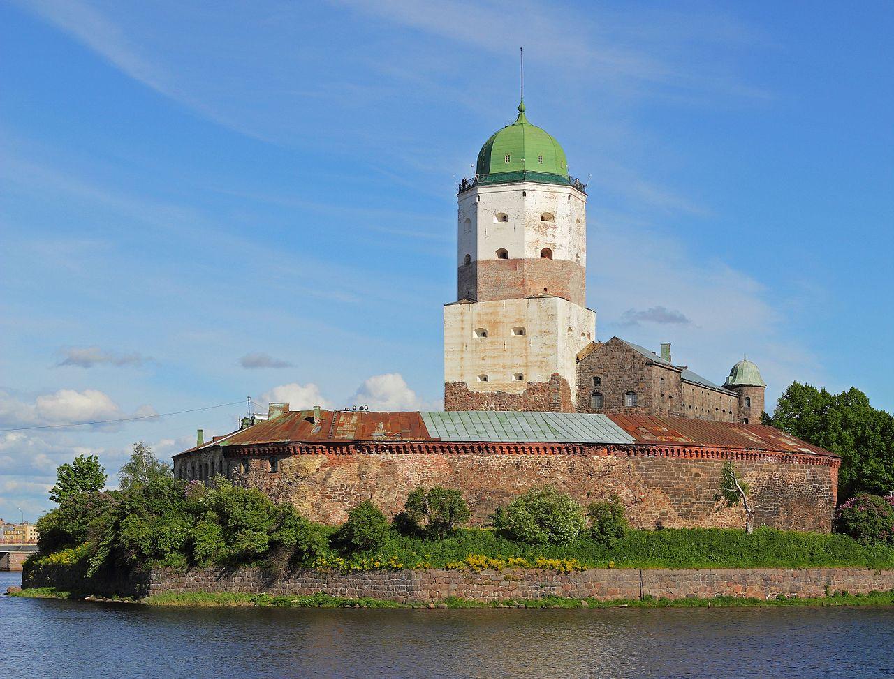 Выборгский замок. Башня Святого Олафа. Автор фото: A.Savin (Wikimedia Commons · WikiPhotoSpace)